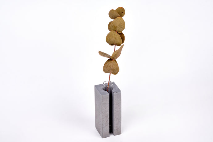 Concrete vase - square with slot -