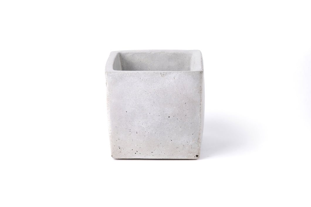 Concrete planter (cube) -