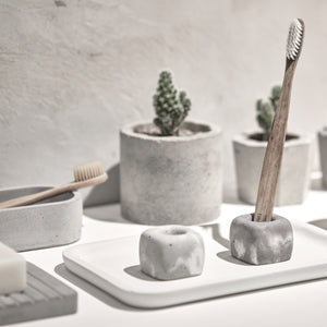 "Concrete toothbrush holder - ""marble white"""