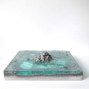 "concrete x resin art | ""in the middle of nowhere"" 