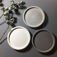 "Concrete round tray / accessory holder (small) -  ""dark grey"""