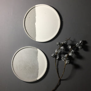 Couple - Concrete Large Round  tray / accessory holder