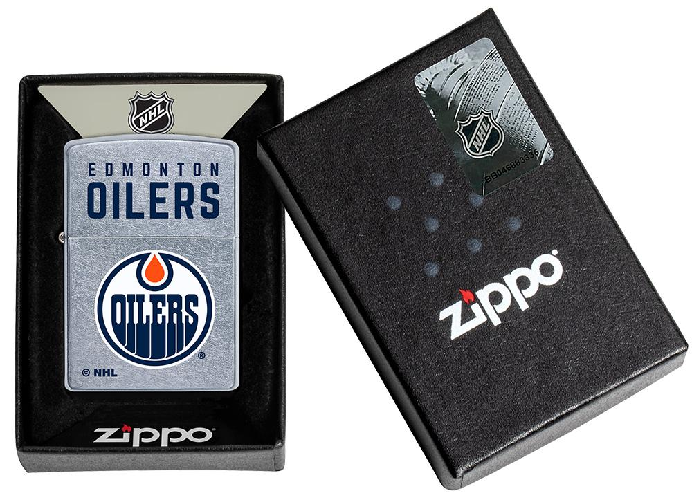 ©NHL Edmonton Oilers Street Chrome™ Windproof Lighter in its packaging