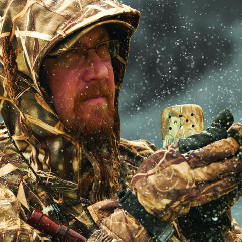 Lifestyle image of 12-Hour Realtree® Hand Warmer in a hunters hands