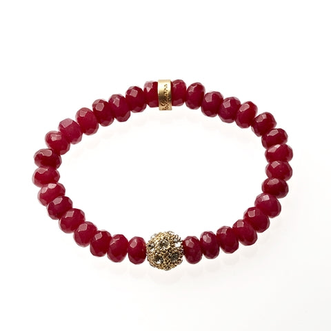 Carnelian Jade Beaded Crown Jewel Bracelet in Gold - BellaRyann
