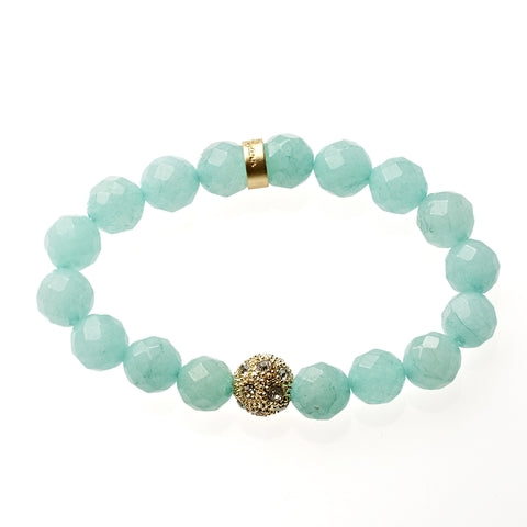 Robin Egg Jade Beaded Crown Jewel Bracelet in Gold