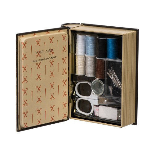 Pocket Sewing Kit (Darn It) Contents