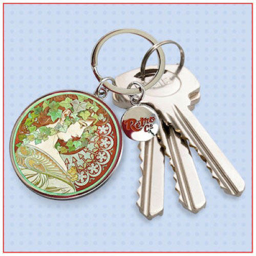 Mucha Le Lierre Keyring In Use
