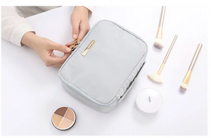 Lightweight compression makeup bag-grey- P-Travel