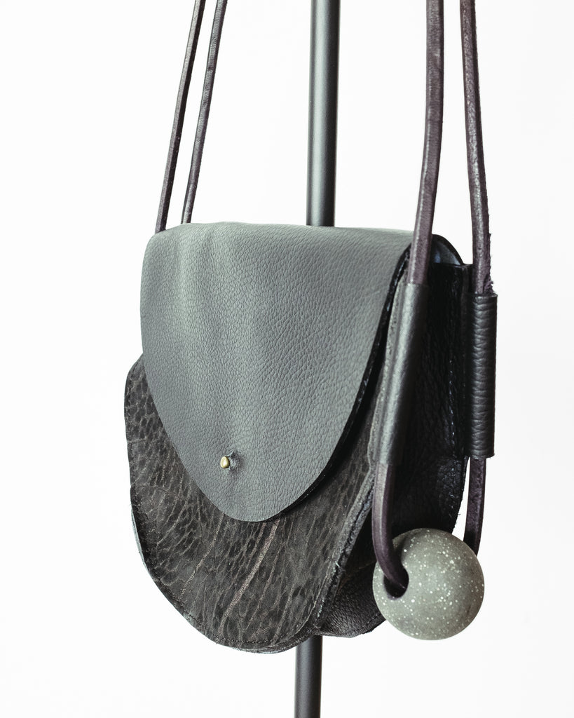 BULLHIDE LEATHER BAG - HALF CIRCLE