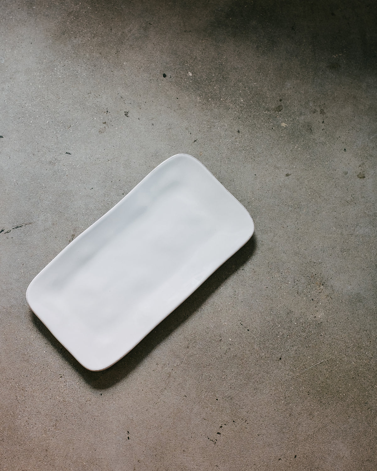 APARTE MEDIUM SERVING TRAY