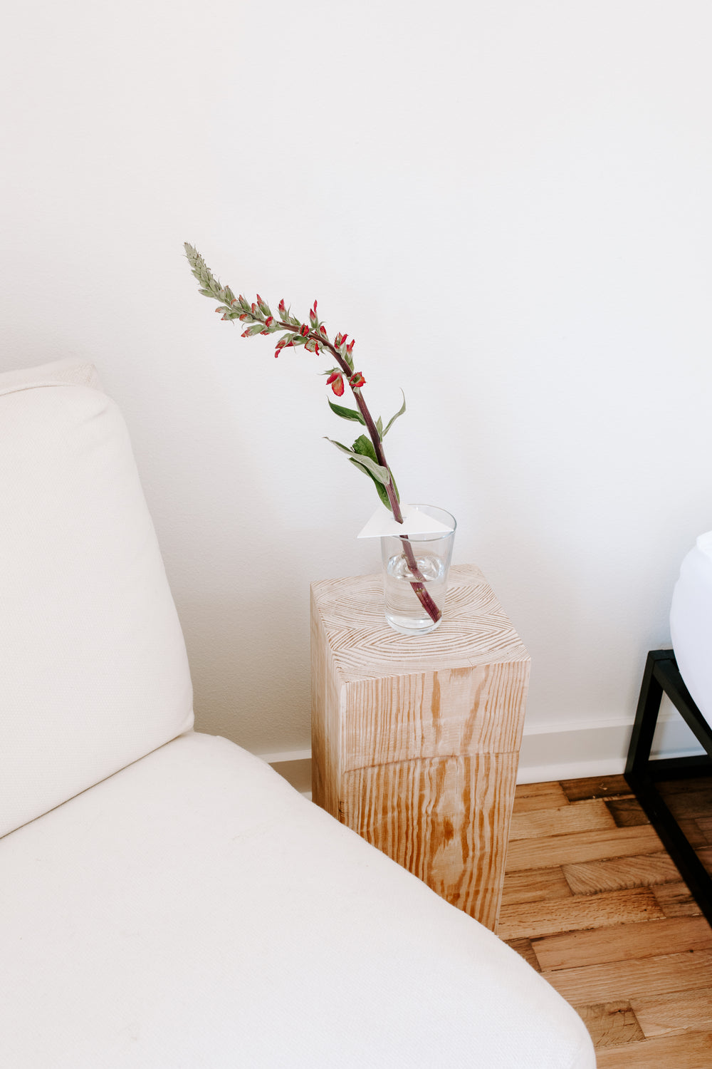 ANYWHERE VASE TOPPER