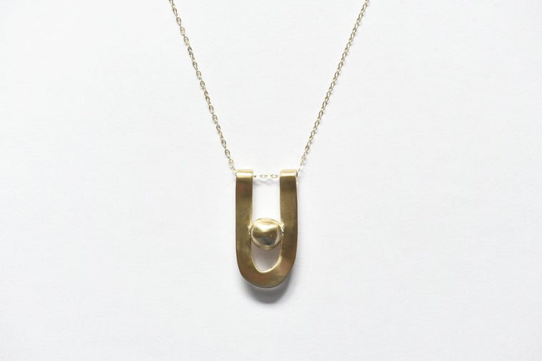 8.6.4 CURVE NECKLACE