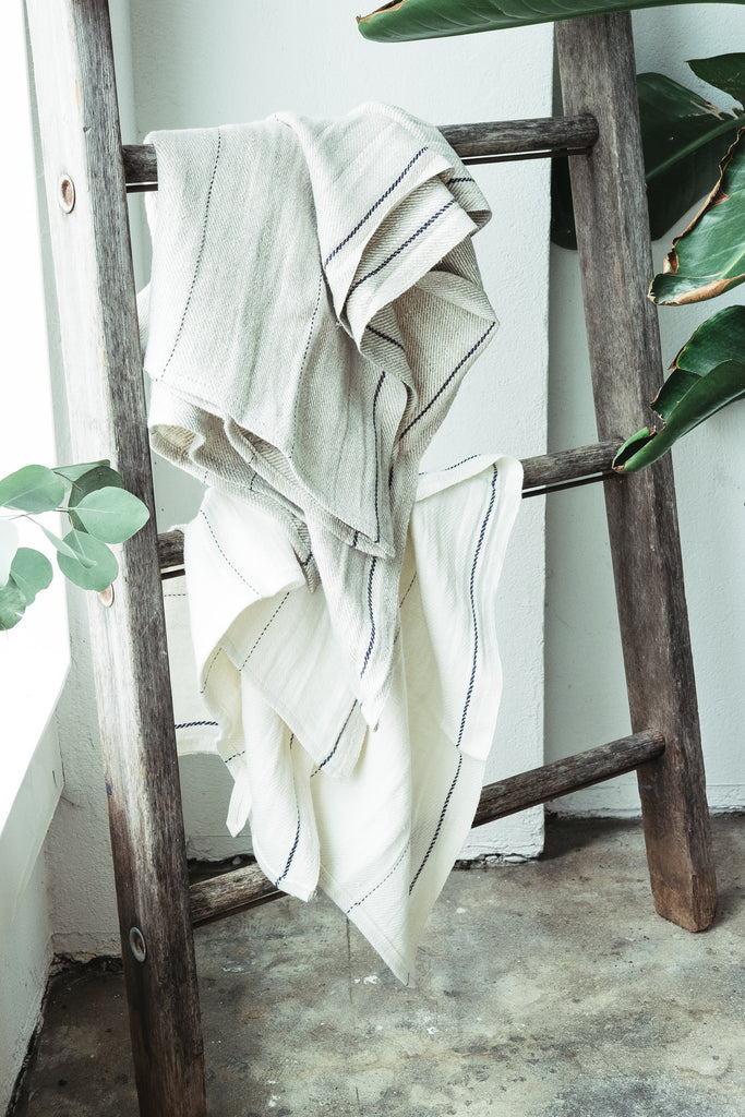 WASHED LINEN STRIPED TOWEL