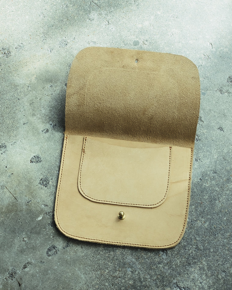 NATURAL LEATHER ENVELOPE POUCH