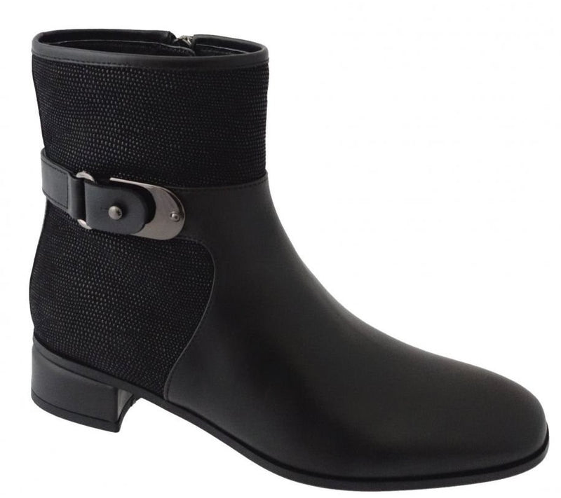 Aquatalia Lake Boot Black