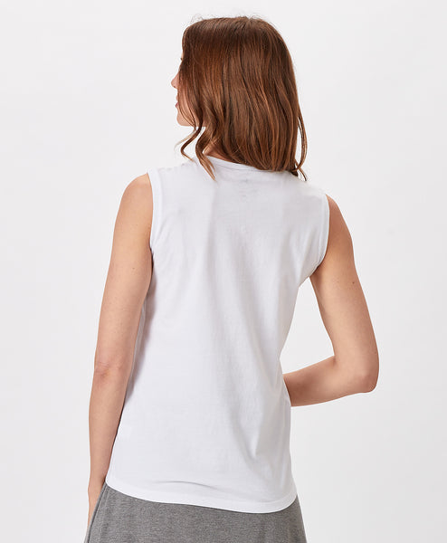 Ladies Classic Sleeveless Tee