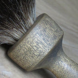Vintage look Yellow wood with 21 mm Black badger (CB177)