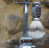 Razor, stand and brush. Classic Roman - Bundubeard