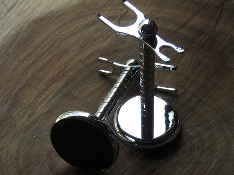 All metal stand in spiralled chrome - Bundubeard