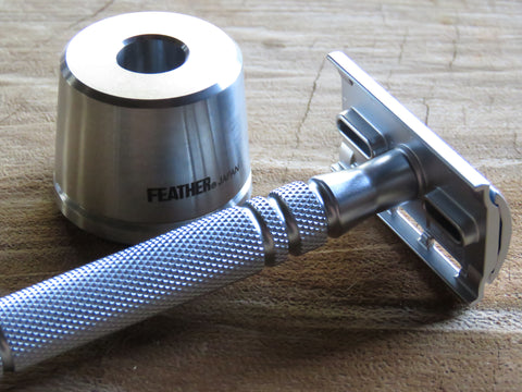 Feather AS-D2S Stainless Safety Razor with Stand
