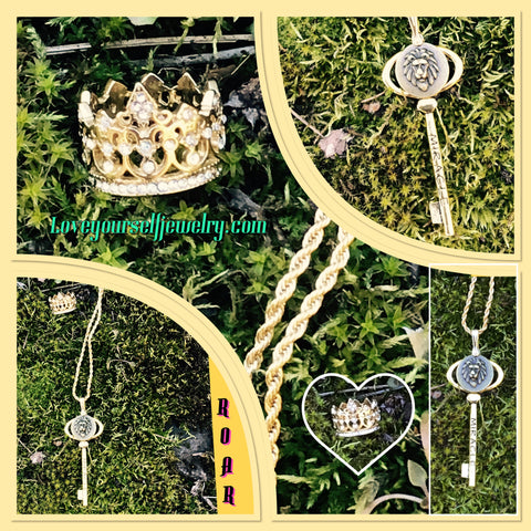 """ROAR"" set golden miracle key pendant and golden crown ring"