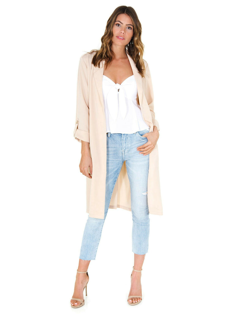 Women outfit in a jacket rental from FASHIONPASS called Vacay Vibes Romper