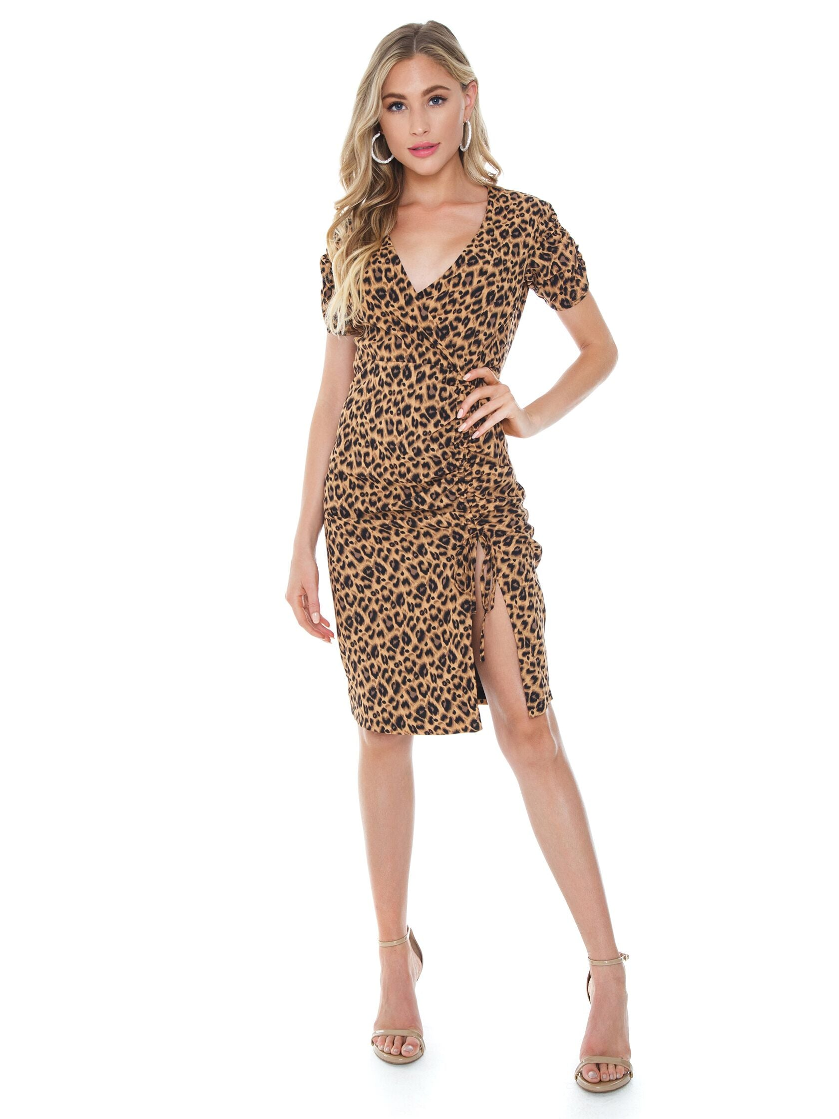 Girl outfit in a dress rental from BARDOT called Nicola Midi Dress