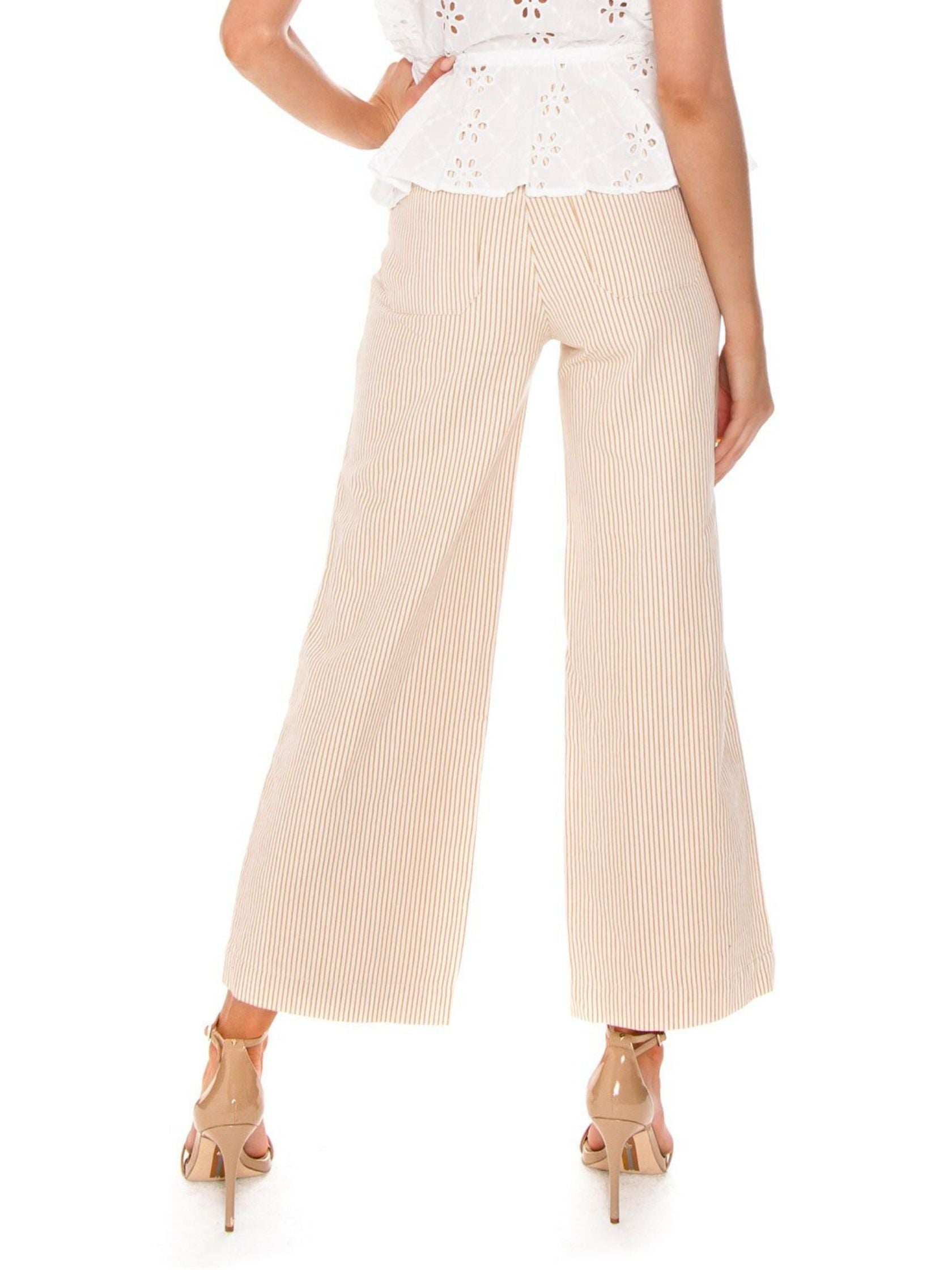 Women outfit in a pants rental from ROLLAS called Old Mate Pant