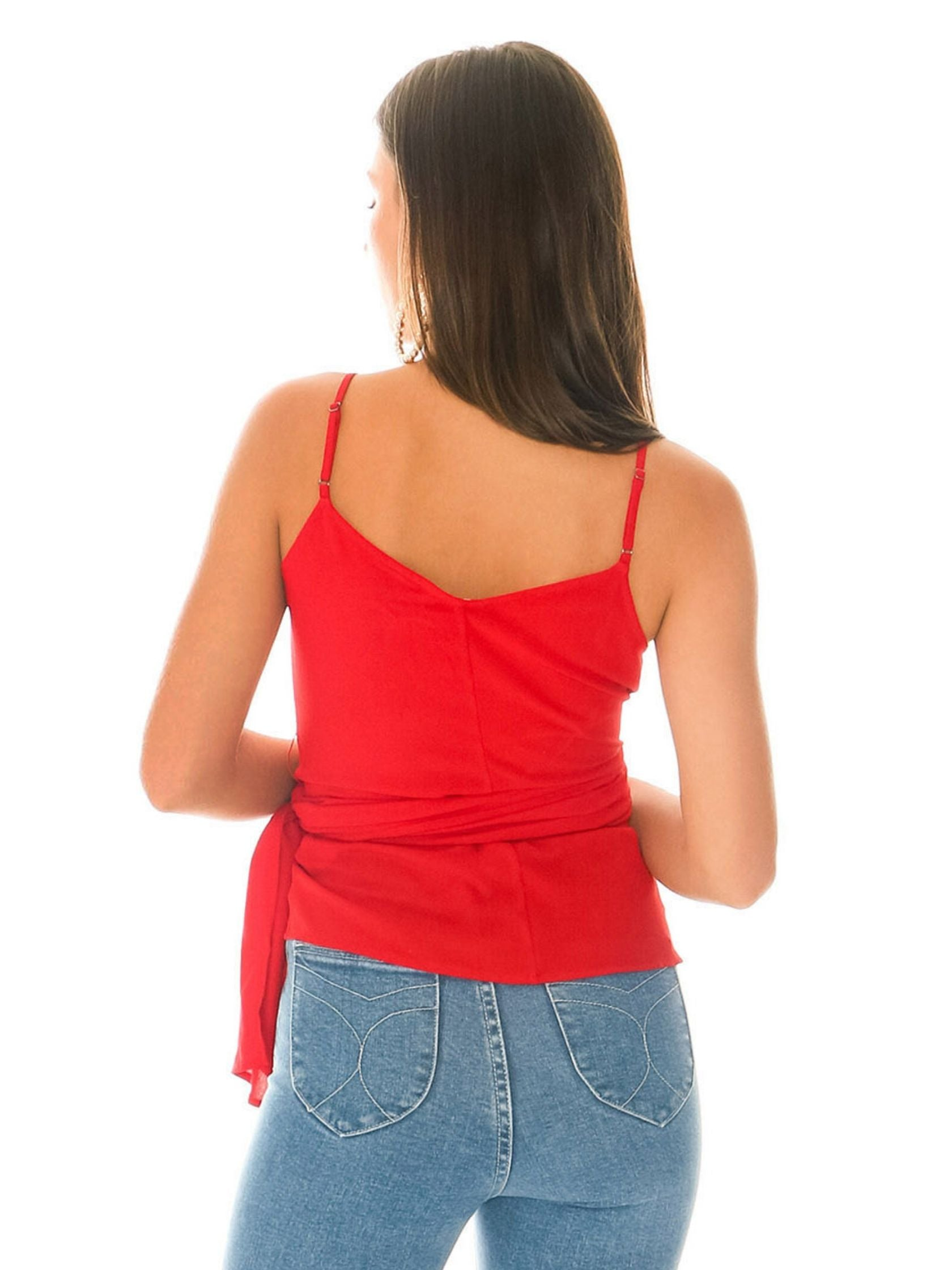 Women outfit in a cami rental from 1.STATE called Wrap Front Cami