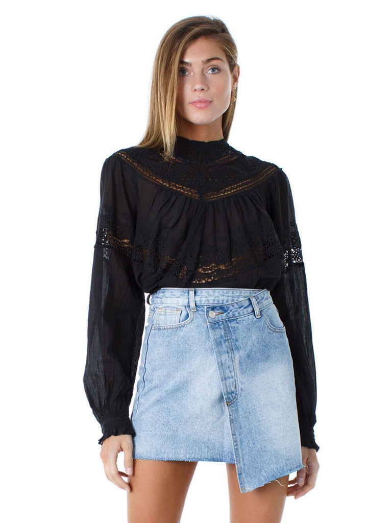 Girl wearing a top rental from Free People called Mahi Drawstring Top