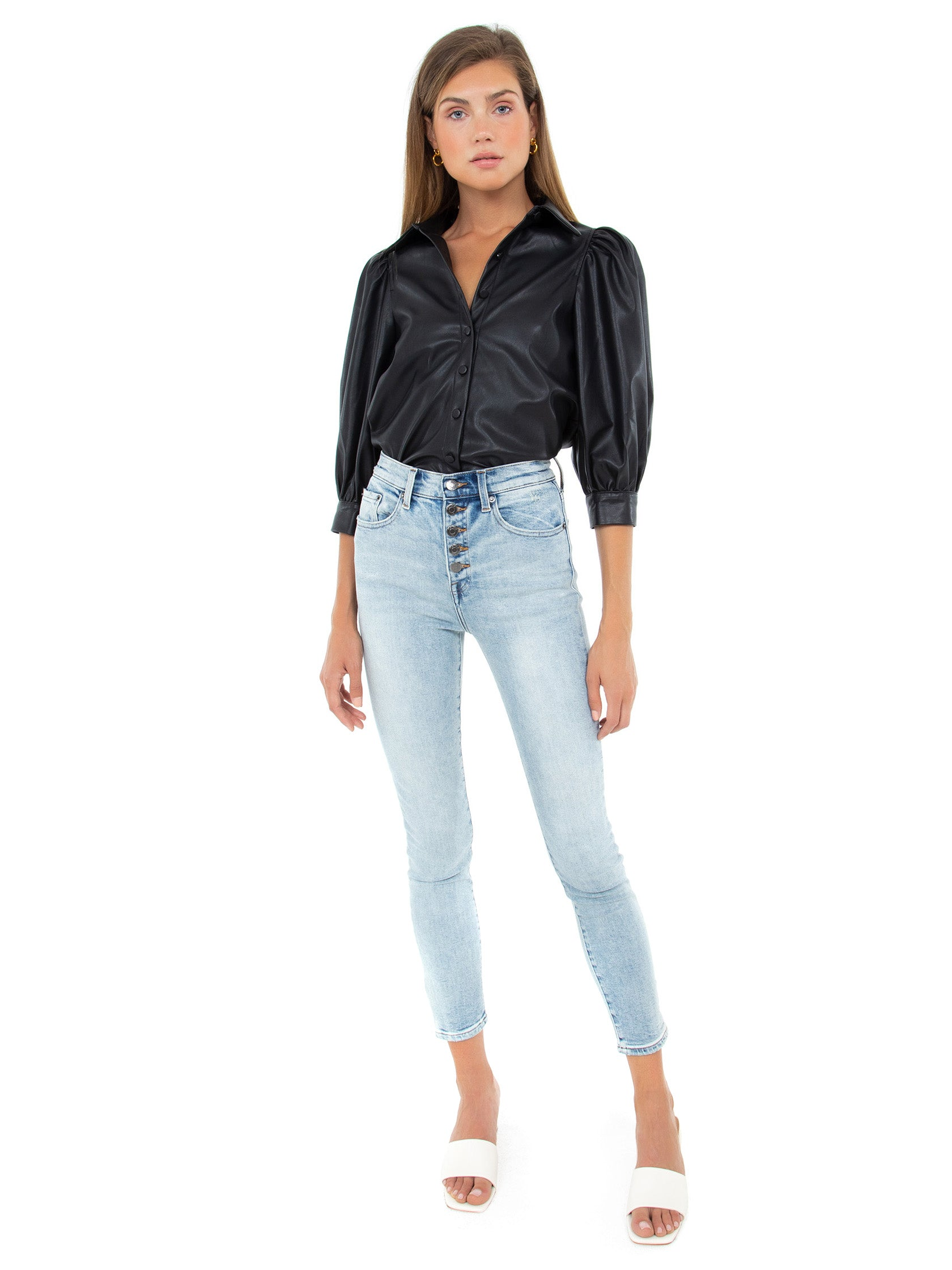 Girl outfit in a top rental from PISTOLA called Adina Puff Sleeve Shirt