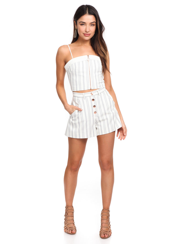 Women outfit in a shorts rental from STYLESTALKER called Sasha One Shoulder Dress