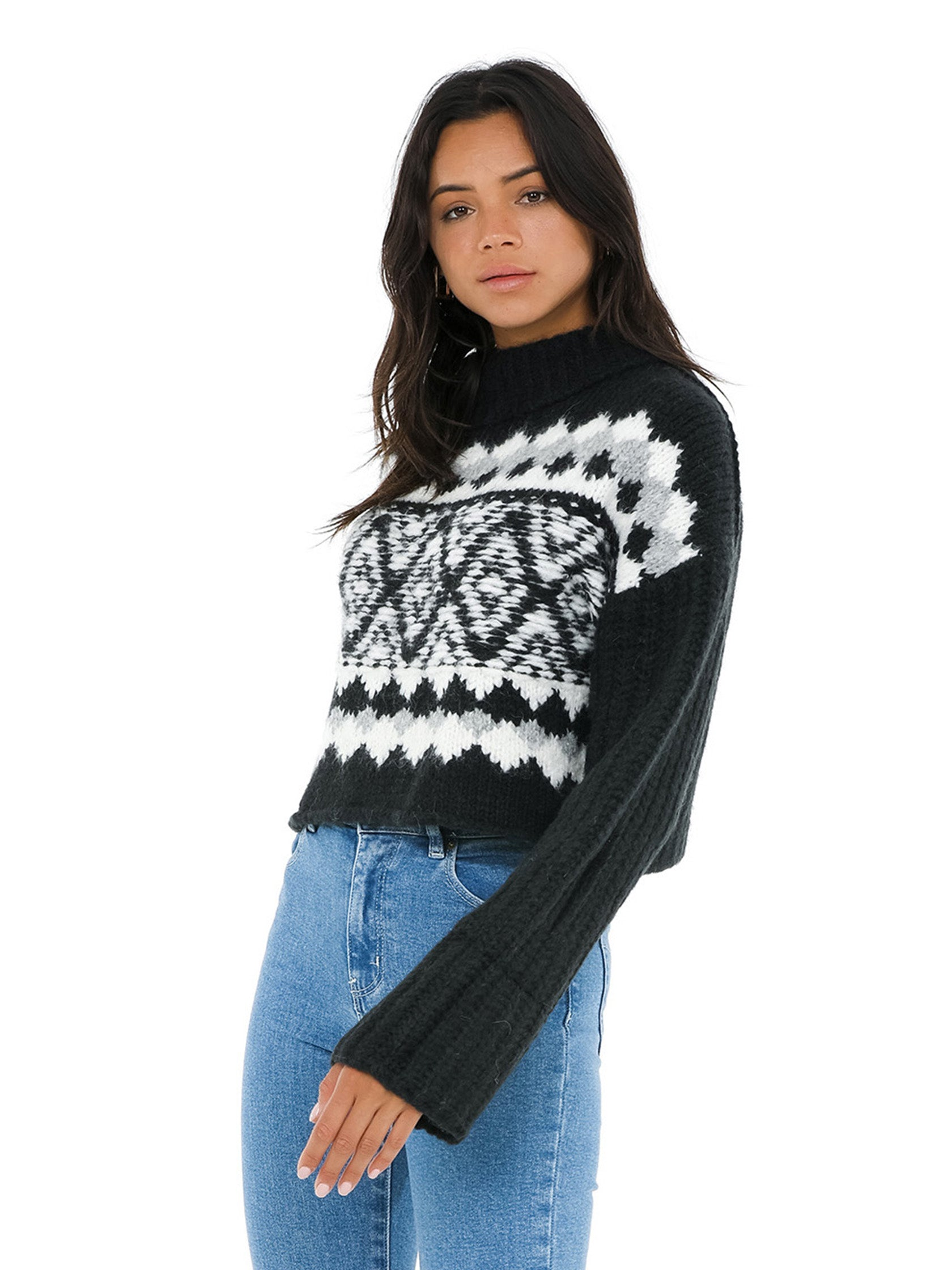 Women wearing a sweater rental from Free People called Alpine Pullover
