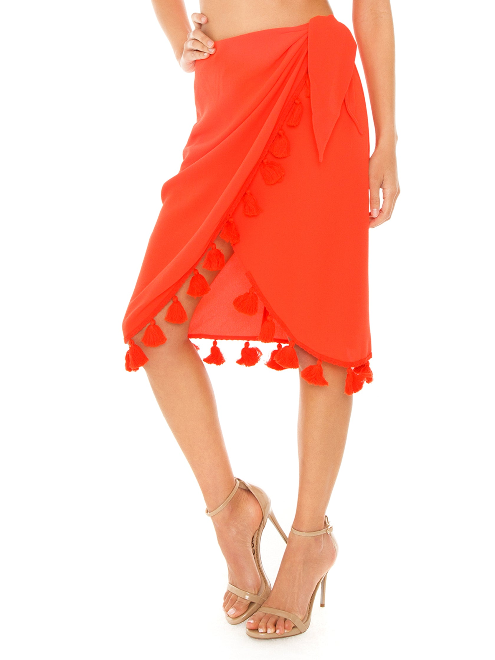 Women outfit in a skirt rental from Show Me Your Mumu called Anjolie Wrap Skirt W/tassels