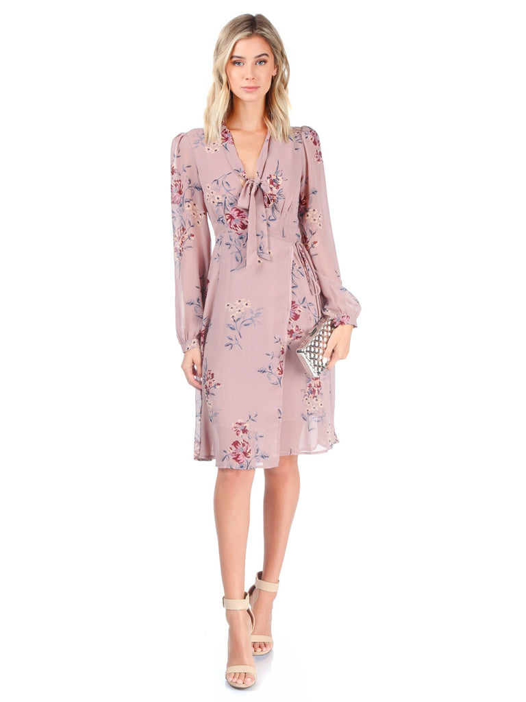 Women outfit in a dress rental from ASTR called Georgia Sweater