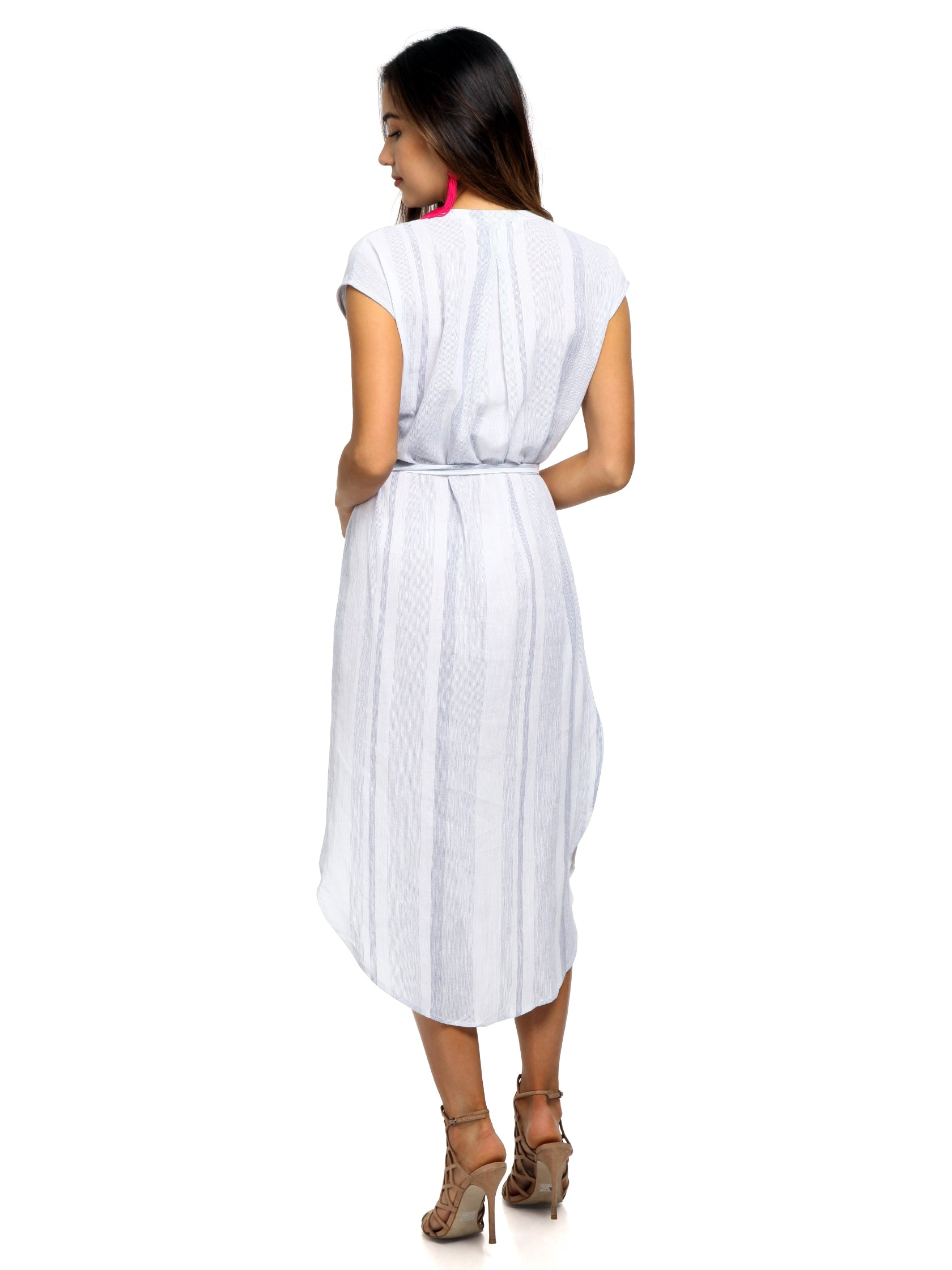Women wearing a dress rental from ASTR called Sawyer Dress