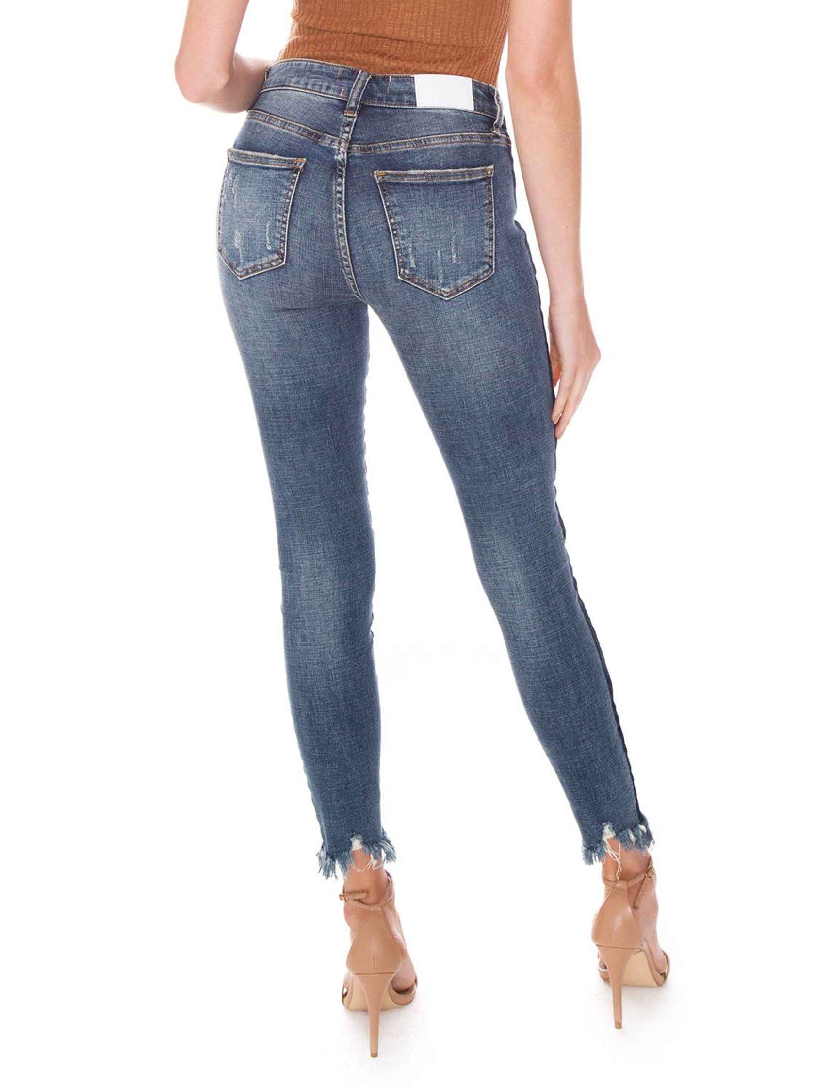 Women outfit in a denim rental from PISTOLA called Audrey Mid Rise Skinny Jeans - Situational