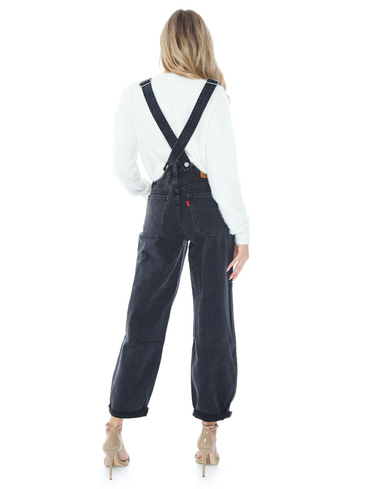 Women wearing a jumpsuit rental from Levis called Baggy Overall