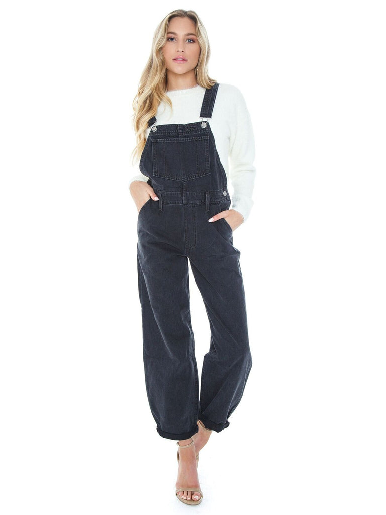 Girl wearing a jumpsuit rental from Levis called Remi Jumper