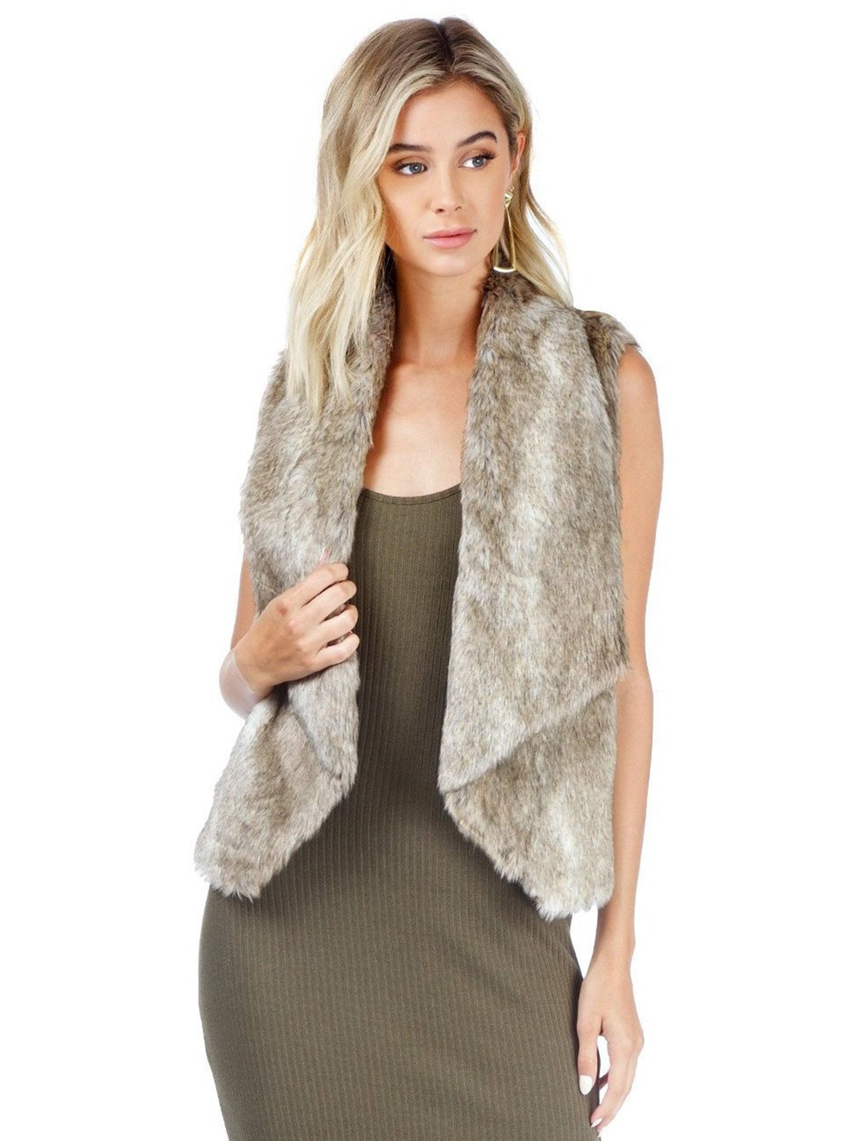 Woman wearing a vest rental from BB Dakota called Jack By Bb Dakota Faux Fur Dwight Vest