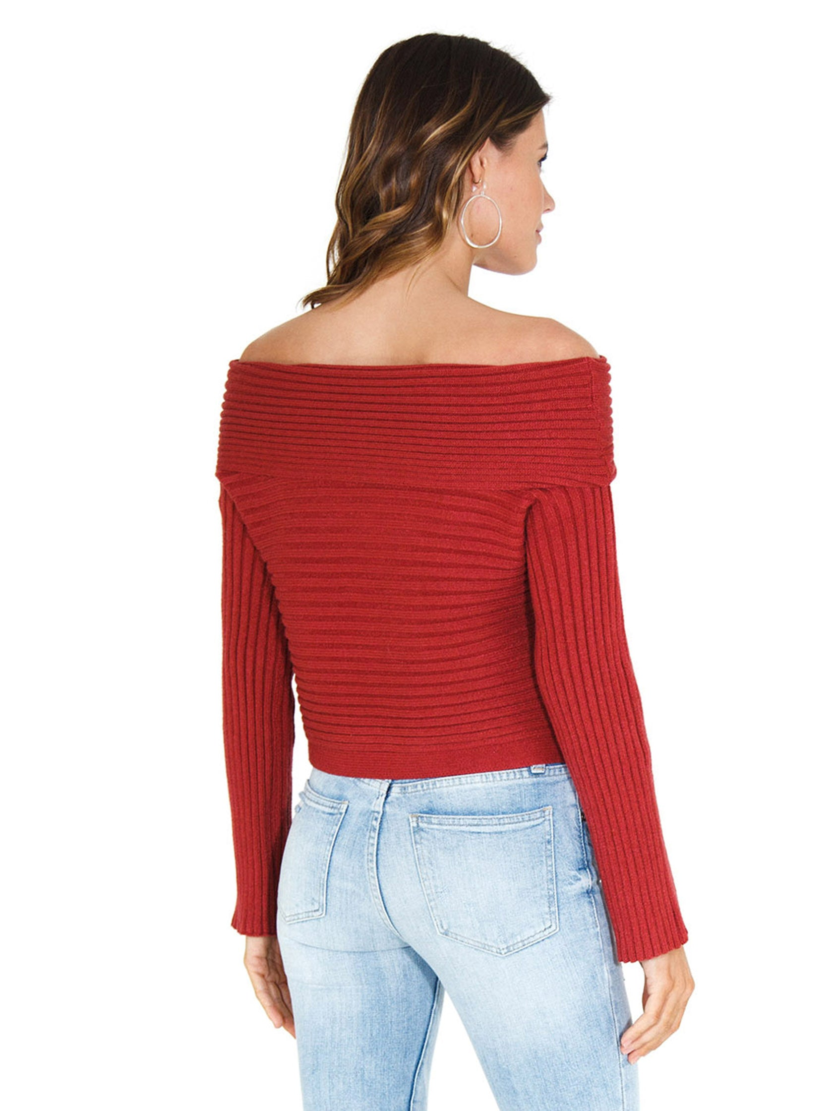 Women outfit in a sweater rental from Line & Dot called Benigna Off Shoulder Sweater