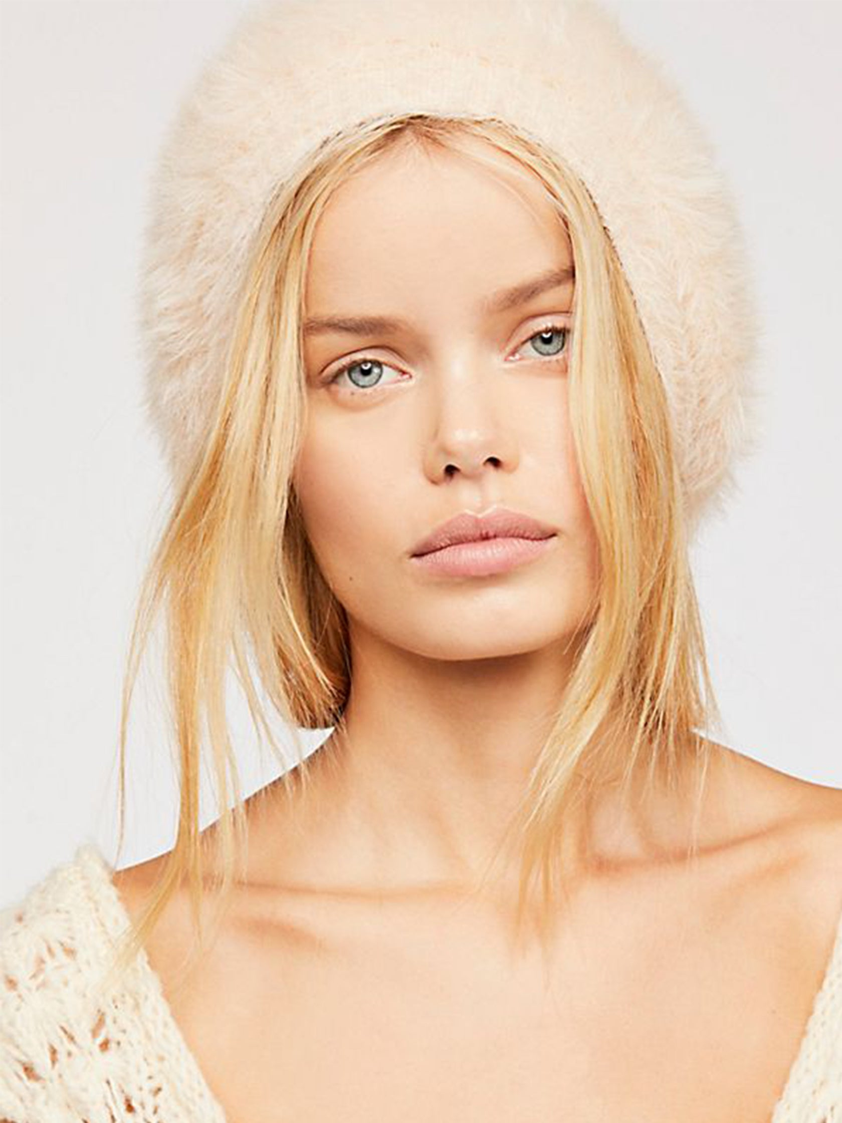Woman wearing a hat rental from Free People called Big Sky Slouchy Beanie