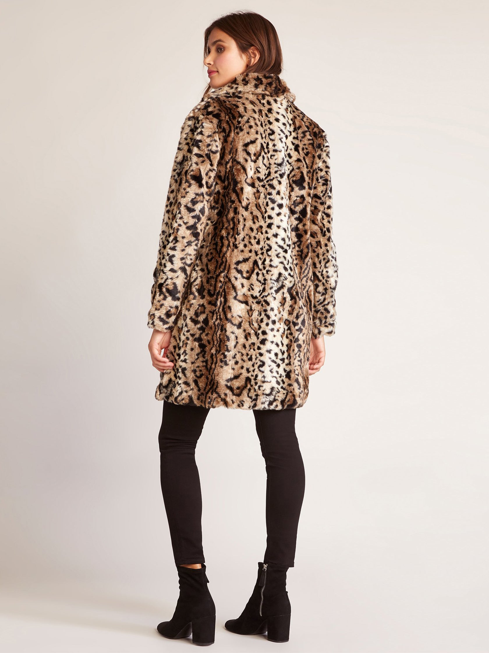 e887317fd98 Women wearing a jacket rental from BB Dakota called Bradshaw Leopard Fur  Coat
