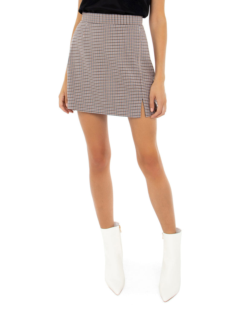 Girl wearing a skirt rental from BB Dakota called Cara High Rise Vintage Skinny
