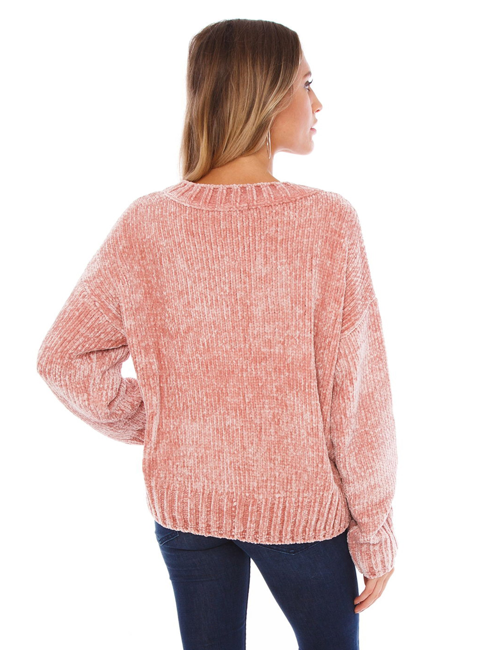 Women outfit in a sweater rental from SANCTUARY called Chenille Pullover