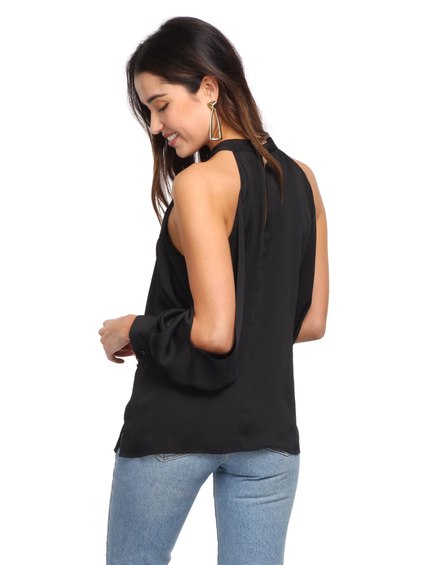 Women outfit in a top rental from 1.STATE called Cold Shoulder Blouson Sleeve Blouse