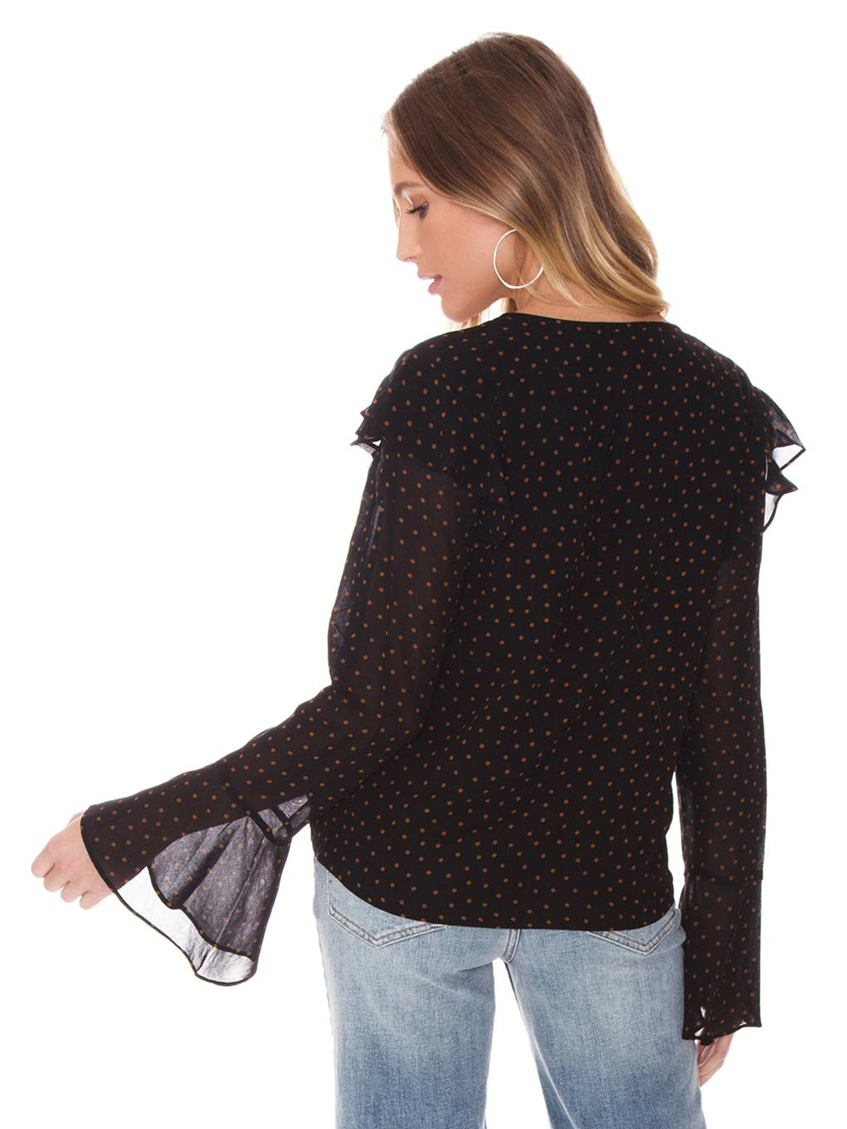 Women outfit in a top rental from SANCTUARY called Cori Ruffle Wrap Blouse