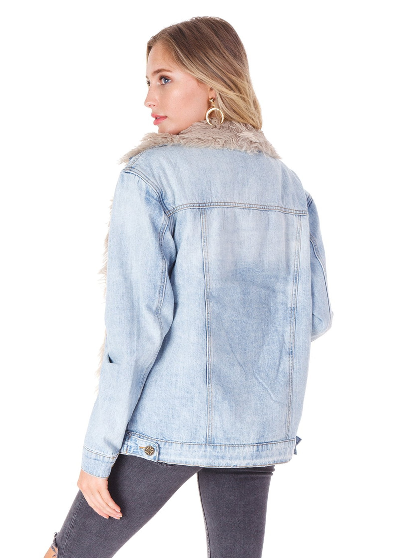 Women outfit in a jacket rental from Show Me Your Mumu called Durado Denim Jacket