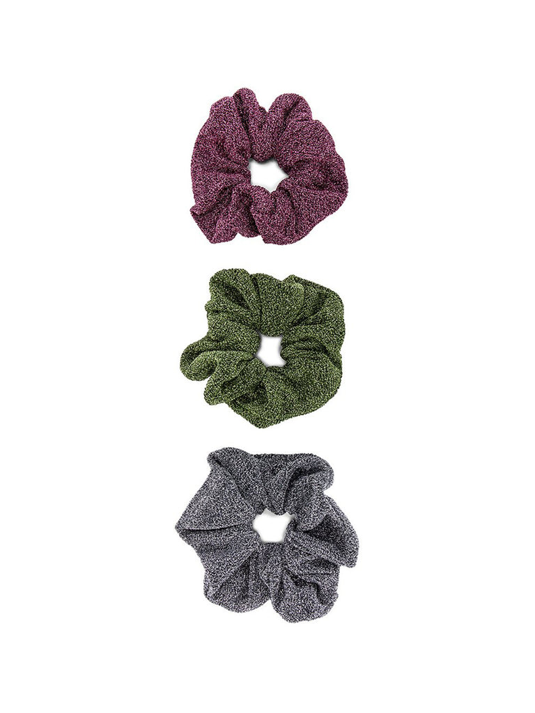 Girl outfit in a hair accessory rental from 8 Other Reasons called Rory Rib Knit Beanie